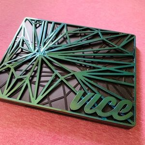 Urban decay vice pallet